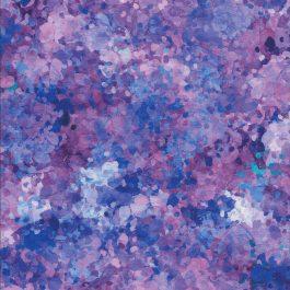 Stof met diverse paarse verfspetters-Quilting Treasures