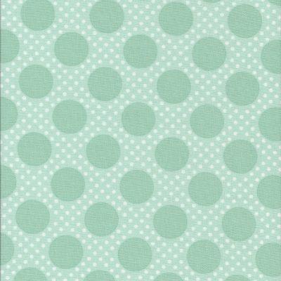 Licht groene stof met grote groene stippen-Poppy Cotton